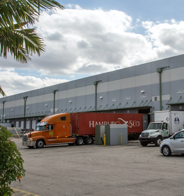 Distribution Centers | Warehousing and Distribution Services